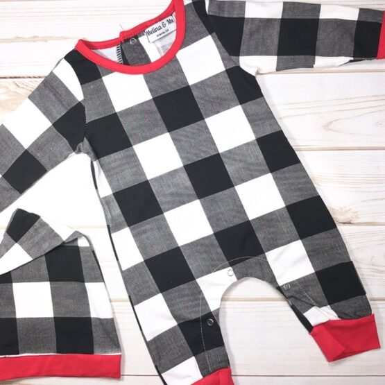 Melina & Me - Holiday Checkered Jumper w: Hat (Front)